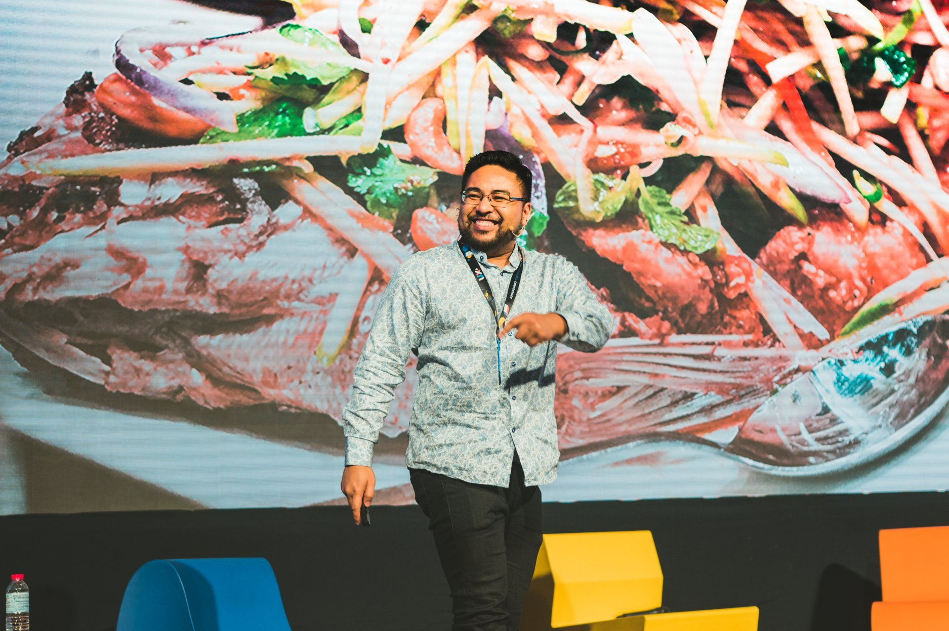 User Experience Conference UX 2019 - Jay Demetillo - Redesigning GrabFood